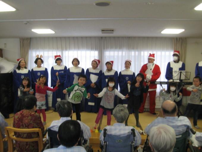 町内会のクリスマス会_b0159098_10110068.jpg