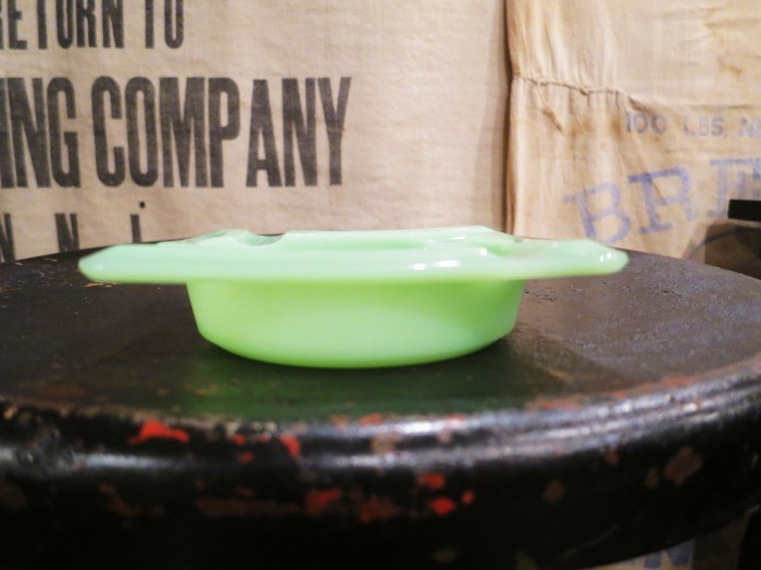 Fire King Jade-ite Ash Tray②_e0187362_17464967.jpg