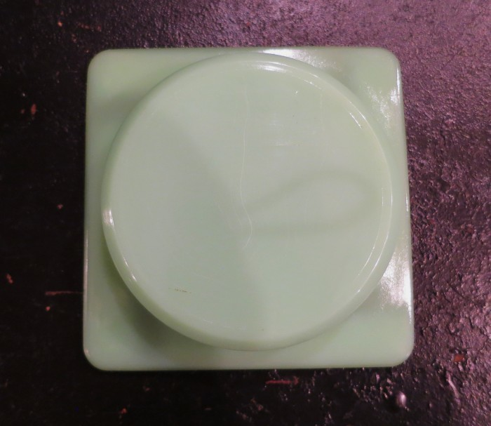 Fire King Jade-ite Ash Tray②_e0187362_17472028.jpg