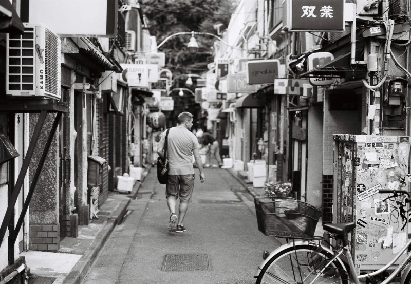Film  ・・・ゴールデン街・・・_f0333031_06175783.jpg