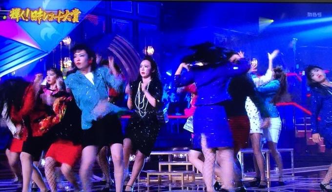 年末の歌番組を飾る登美丘高校ダンス部_b0017844_23480222.jpg