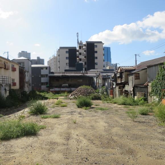 楠住宅と湊川公園駅周辺 神戸市にて_c0001670_09333023.jpg