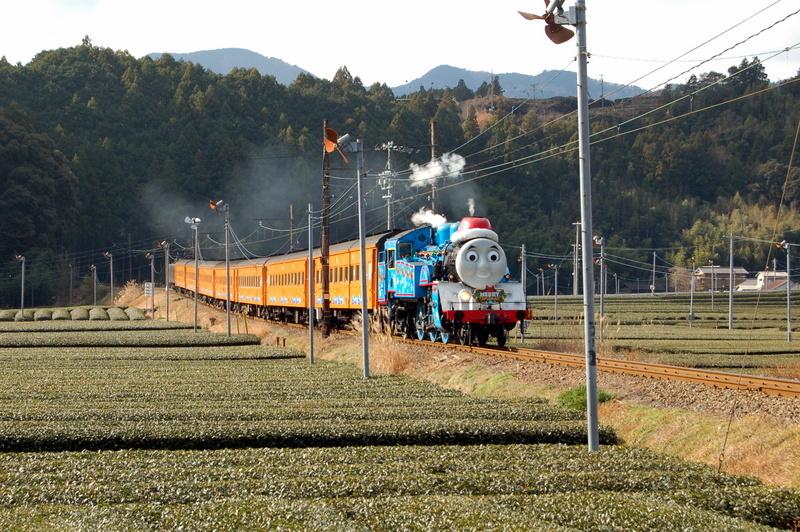 機関車トーマス_c0057390_00585348.jpg
