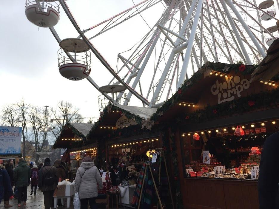 クリスマスマーケットとオスロの街_a0229904_07083911.jpg