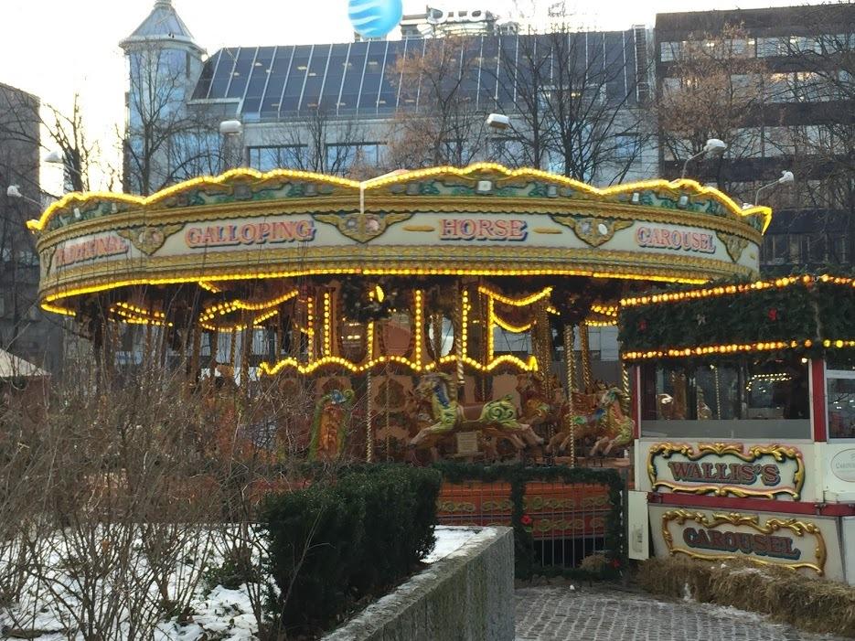 クリスマスマーケットとオスロの街_a0229904_07091532.jpg