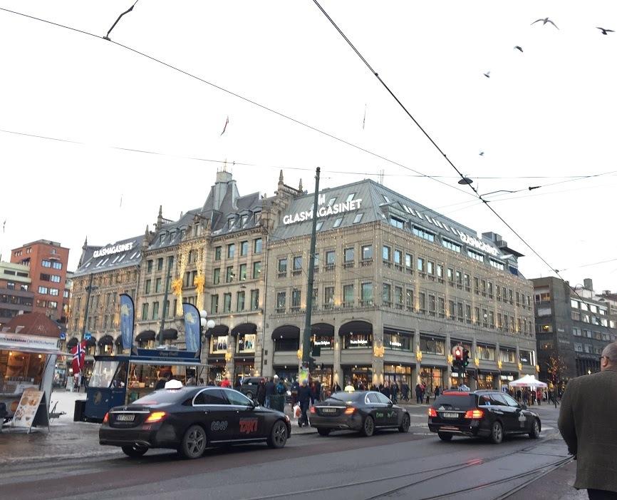 クリスマスマーケットとオスロの街_a0229904_07124827.jpg
