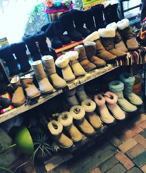 正月はcircusレディースいろんな靴靴靴だよ。_a0108963_22572363.jpg