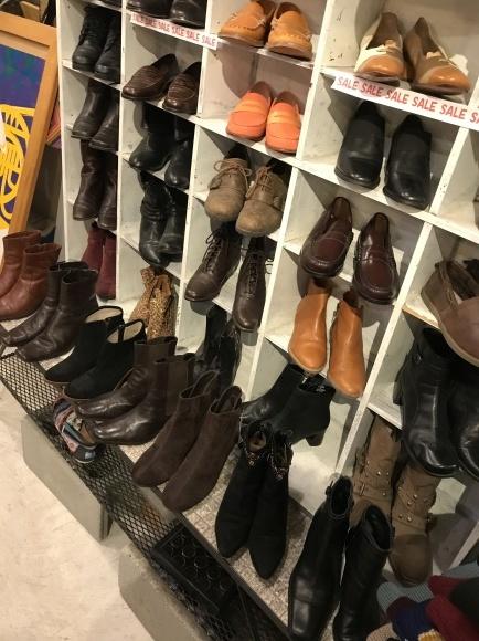 正月はcircusレディースいろんな靴靴靴だよ。_a0108963_22584946.jpg