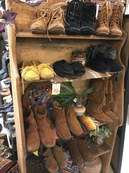 正月はcircusレディースいろんな靴靴靴だよ。_a0108963_23011773.jpg