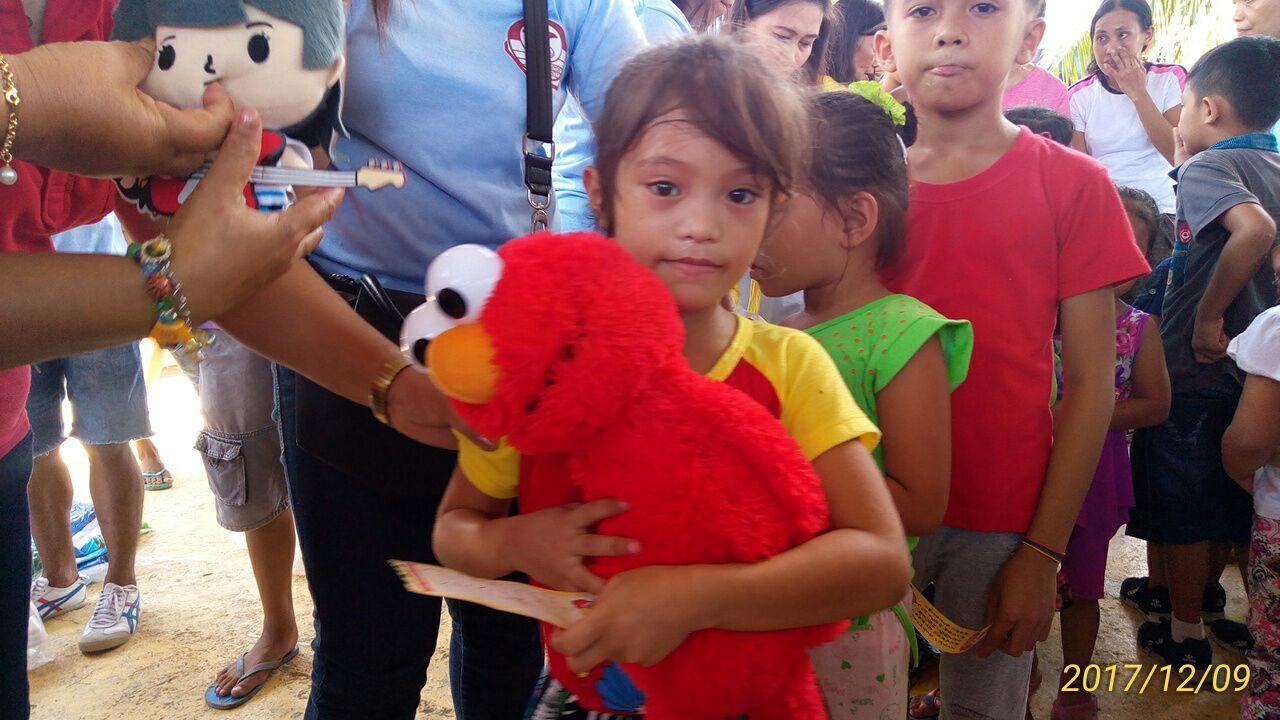 2017年フィリピン セブ島 クリスマス配布イベントのご報告_e0135675_21290719.jpg