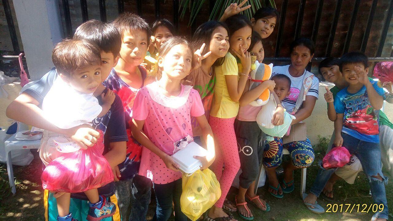 2017年フィリピン セブ島 クリスマス配布イベントのご報告_e0135675_21310753.jpg