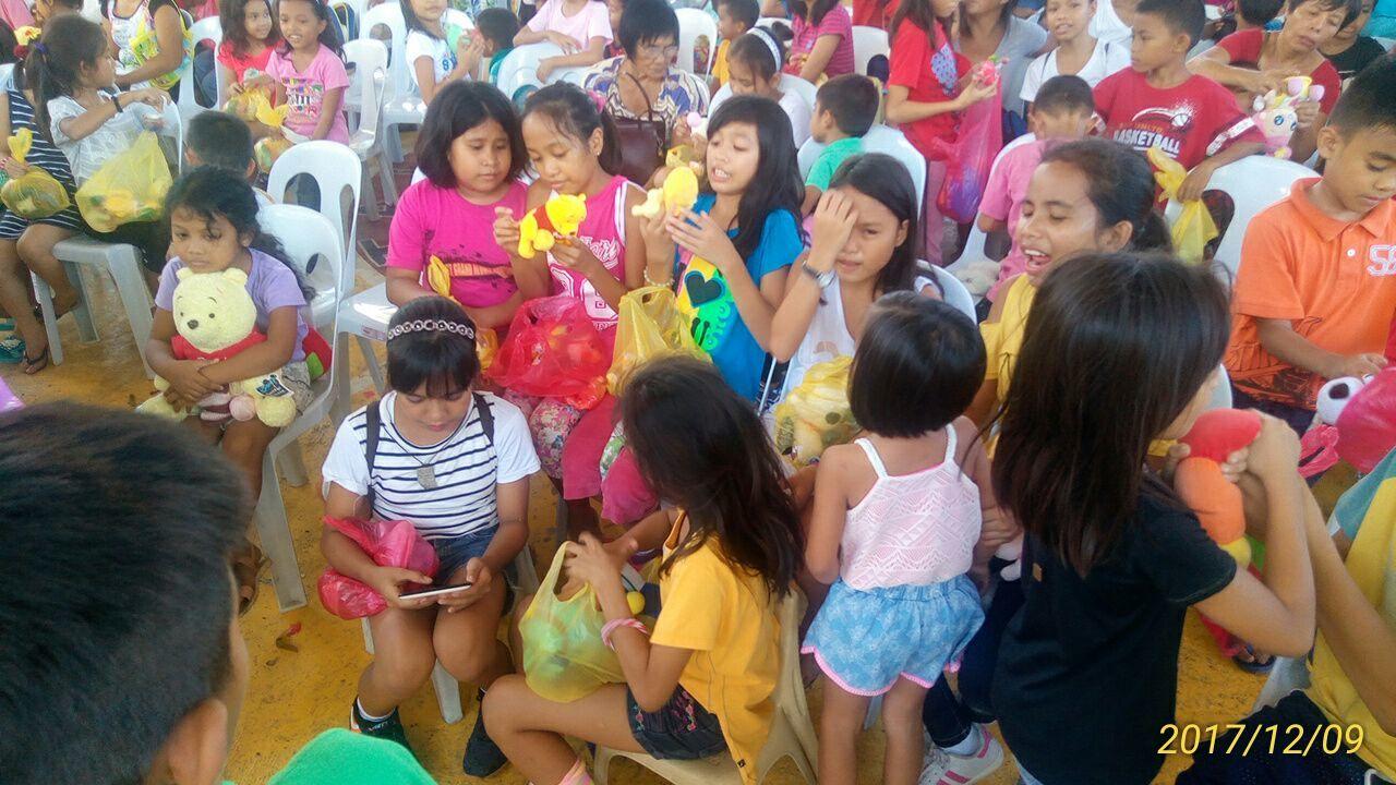 2017年フィリピン セブ島 クリスマス配布イベントのご報告_e0135675_21313745.jpg