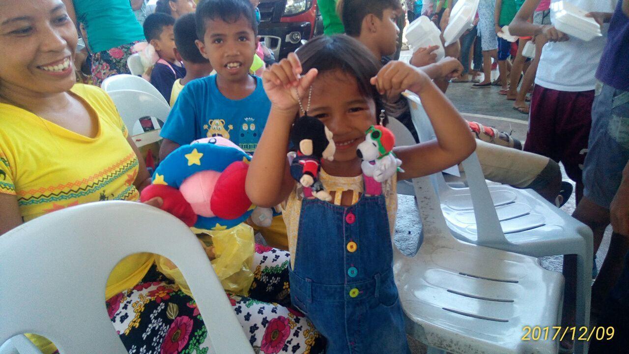 2017年フィリピン セブ島 クリスマス配布イベントのご報告_e0135675_21330896.jpg