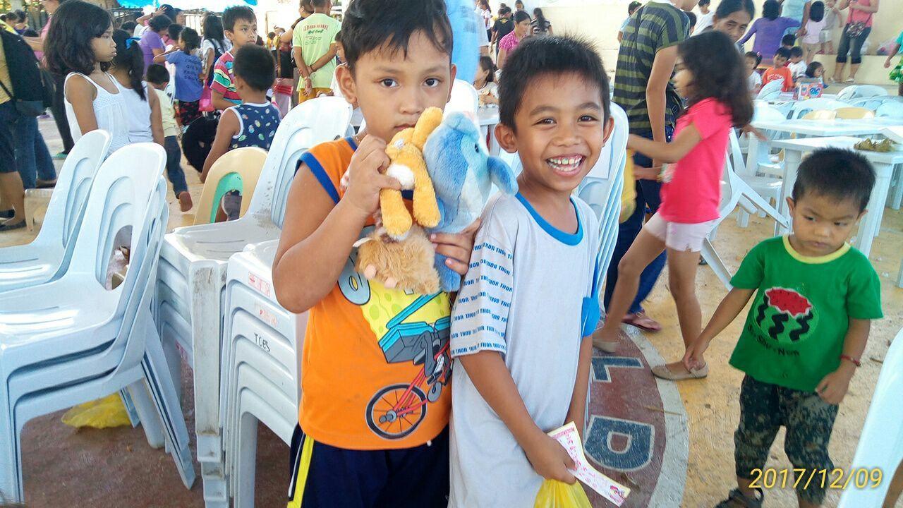2017年フィリピン セブ島 クリスマス配布イベントのご報告_e0135675_21340871.jpg