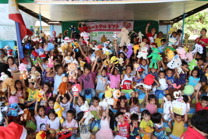 2017年フィリピン セブ島 クリスマス配布イベントのご報告_e0135675_21343811.jpg