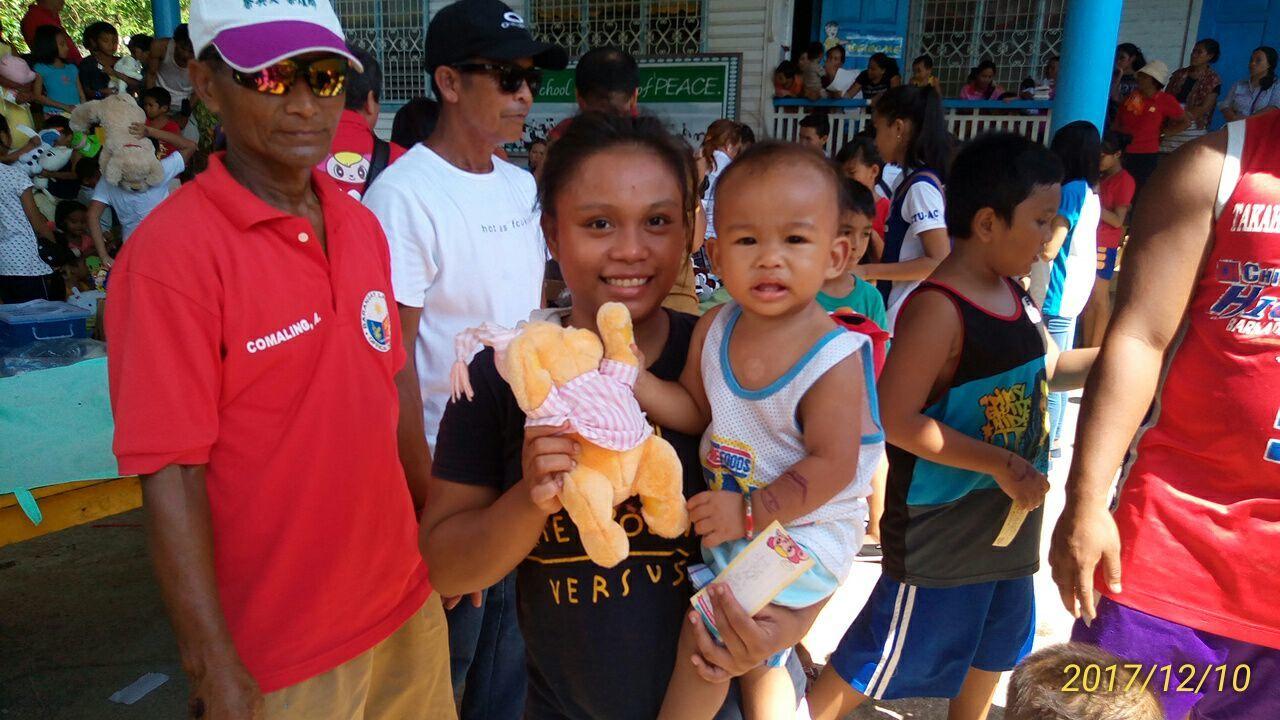 2017年フィリピン セブ島 クリスマス配布イベントのご報告_e0135675_22303565.jpg