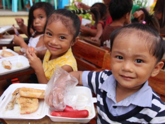 2017年フィリピン セブ島 クリスマス配布イベントのご報告_e0135675_23082377.jpg