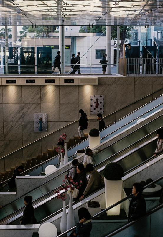 Escalator   ・・・川崎・・・_f0333031_05045061.jpg