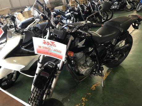 スーパーバイクセンター千葉初売り&引っ越ししました。_e0185939_12202676.jpg