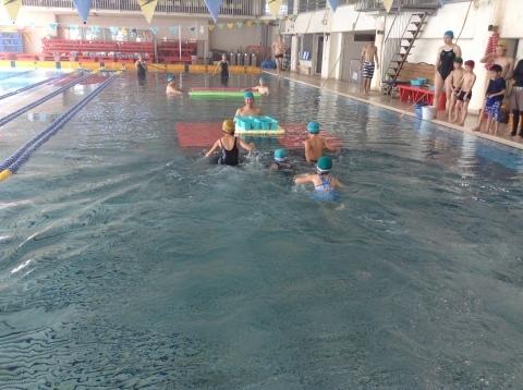 2017年冬の短期水泳教室 水中祭り_b0286596_11572436.jpg