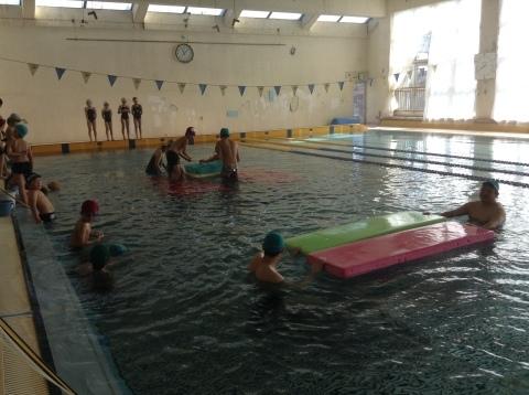 2017年冬の短期水泳教室 水中祭り_b0286596_12032219.jpg