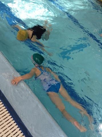 2017年冬の短期水泳教室 水中祭り_b0286596_12063077.jpg