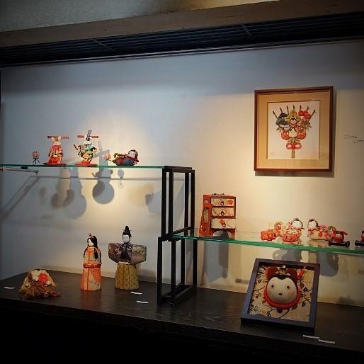 初春を祝う、毎年恒例の人形展…_b0232919_13074139.jpg