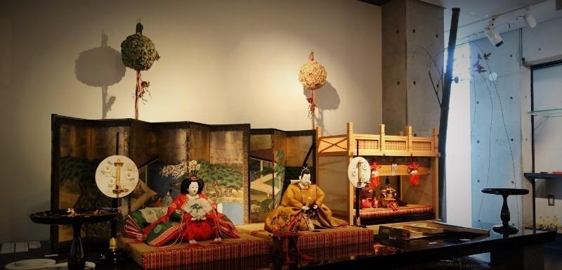 初春を祝う、毎年恒例の人形展…_b0232919_13135928.jpg