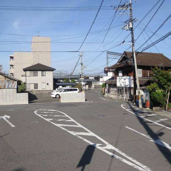 秋篠町から近鉄奈良駅方面に歩いて行く佐紀・佐保おさらいブログ 2 奈良市_c0001670_19073919.jpg