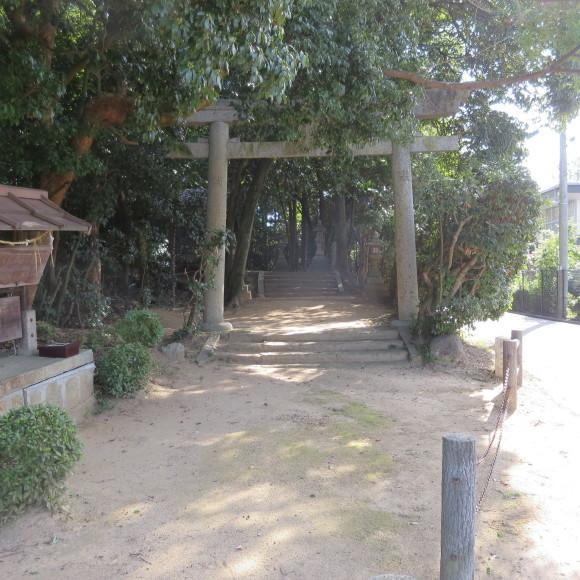 秋篠町から近鉄奈良駅方面に歩いて行く佐紀・佐保おさらいブログ 2 奈良市_c0001670_19162805.jpg