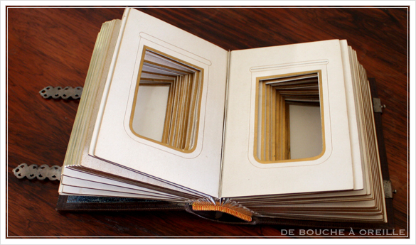 album de photos en cuir 聖書・古書のようなフォトアルバム フランスアンティーク_d0184921_14073481.jpg