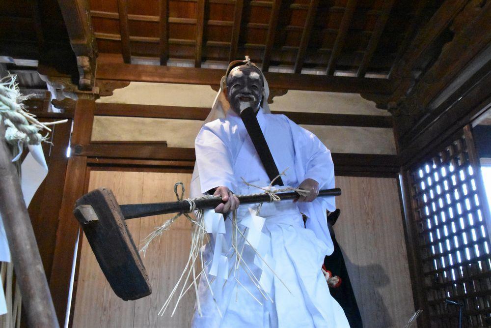 奈良で一番早い  植槻神社(大和郡山市植槻町)のオンダ_a0237937_22284263.jpg
