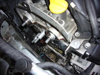 ルノー カングー 車検整備 タイミングベルト交換_c0267693_15504564.jpg