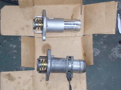 ハマーH3 エンジンチェックランプ点灯修理(サーモスタット交換)_c0267693_15522322.jpg