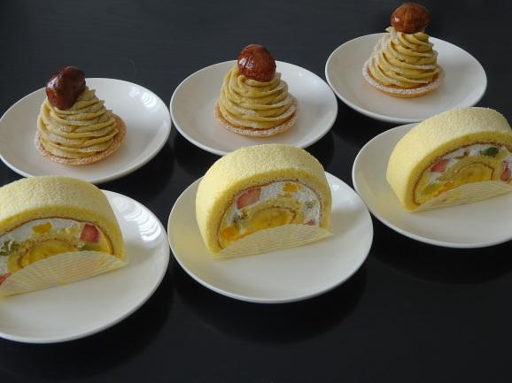 お決まりのキハチのケーキ_e0230011_16185887.jpg