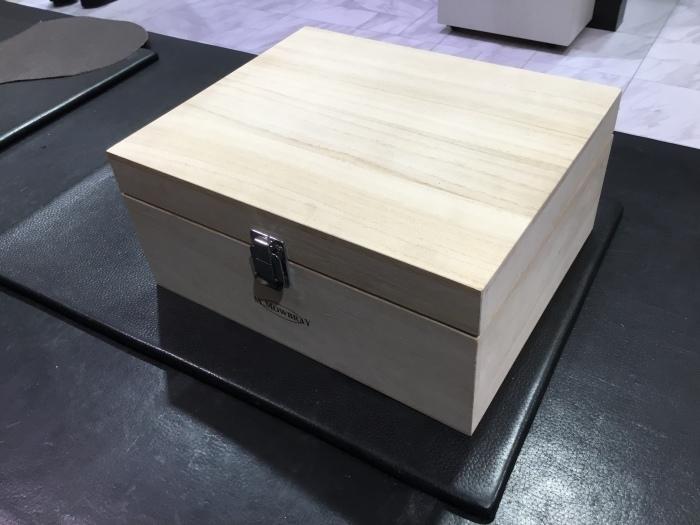 桐無垢のシューケア用BOX_b0226322_19290470.jpg