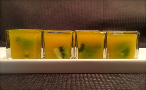 【KIWI fruit jelly】_e0145433_21433244.jpg