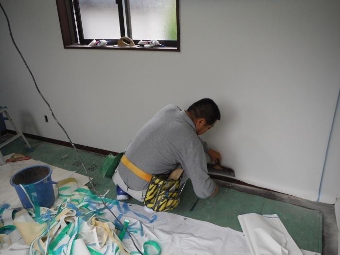 6畳洋間の増築 ~ 内装工事。_d0165368_10402153.jpg