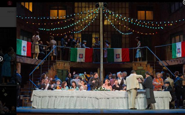 リセウ劇場でドニゼッティのオペラ「愛の妙薬」を見る_b0064411_08252763.jpg