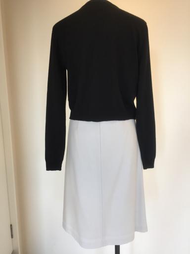 小さいサイズのスカート_c0223630_16560821.jpg