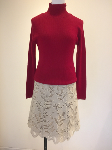 小さいサイズのスカート_c0223630_16571755.jpg