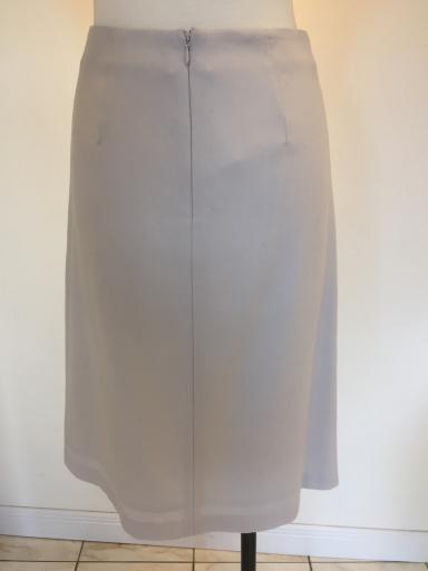 小さいサイズのスカート_c0223630_18392273.jpg