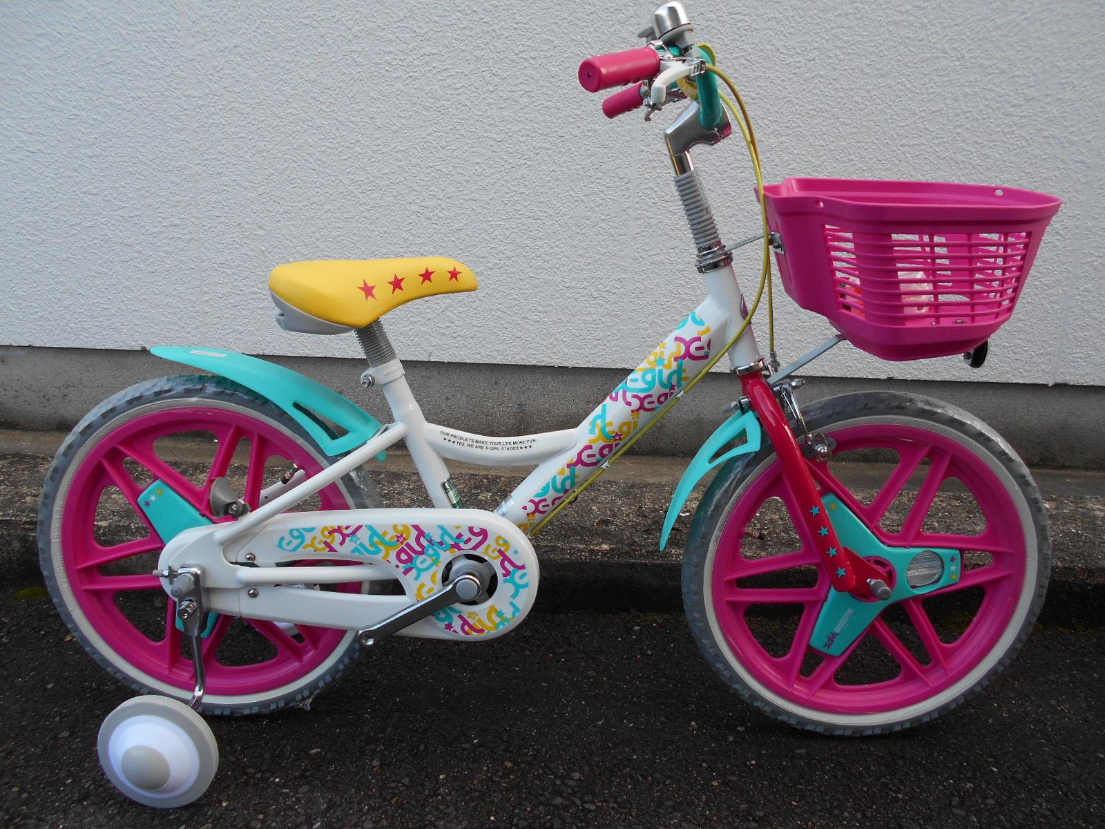 X-GIRLとBRIDGESTONEがコラボした子供車が特価で入荷!_b0189682_12020755.jpg