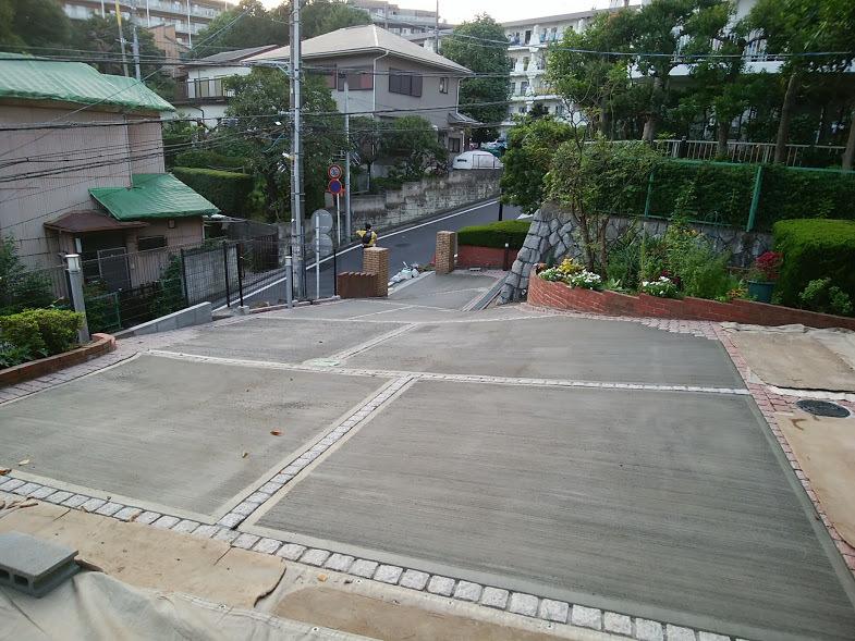 2017/9/9 山手T様邸 土間コンクリート_e0029584_11335370.jpg