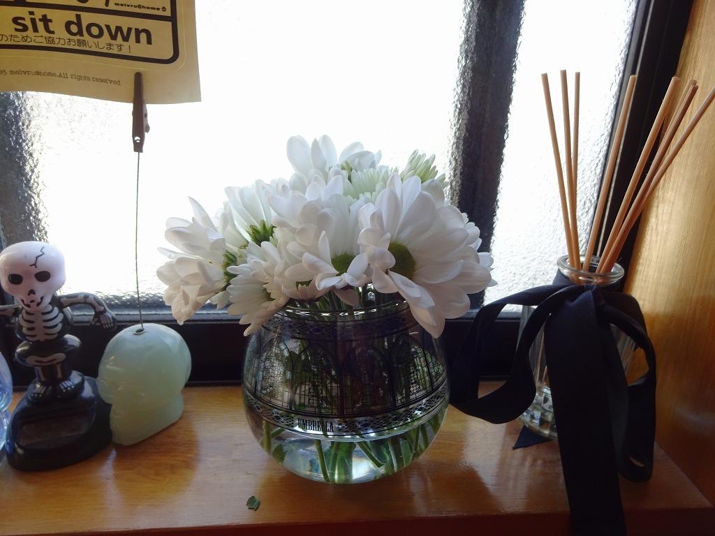 頂き物の花々でうちが華々しく彩る_d0061678_11594990.jpg