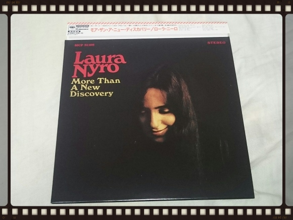 LAURA NYRO / MORE THAN A NEW DISCOVERY STEREO & MONO 紙ジャケ_b0042308_15390904.jpg