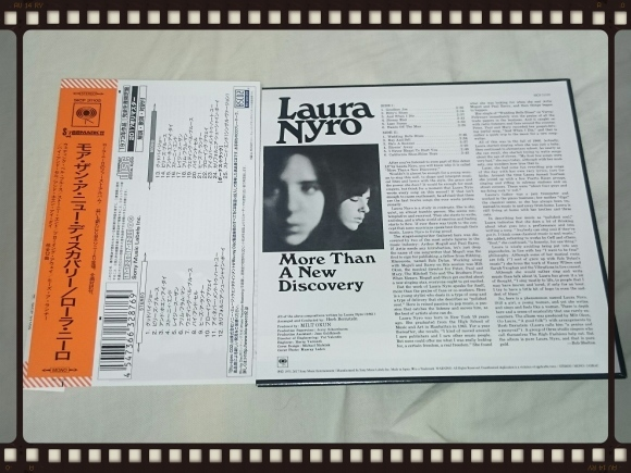 LAURA NYRO / MORE THAN A NEW DISCOVERY STEREO & MONO 紙ジャケ_b0042308_15390992.jpg