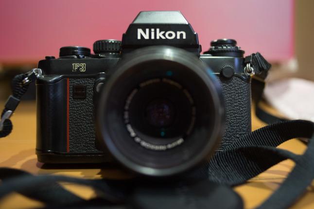 ★超初期ロットの「NIKON F3」が我が家に来てしまった^^;_e0291683_22421050.jpg