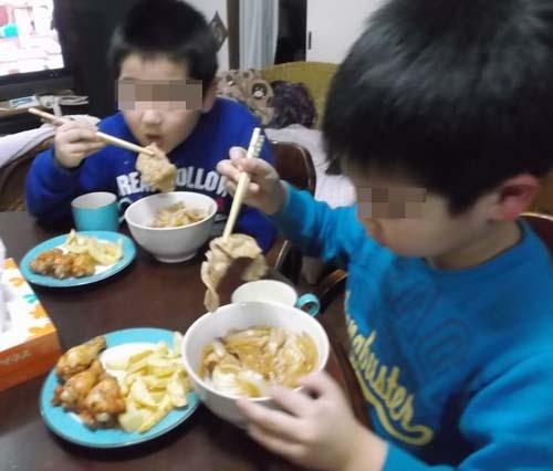 孫たちの夕ご飯は、じいちゃんが作った_f0019498_21195343.jpg