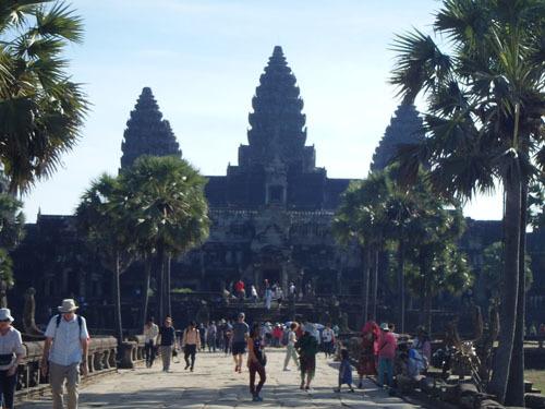 カンボジア~アンコール・ワット&タ・プローム_f0208315_13203751.jpg